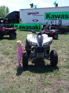 Daughter next to the kfx700